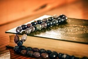 Der Sunna folgen und die Bida vermeiden